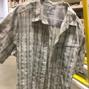 Columbia outdoor shirt